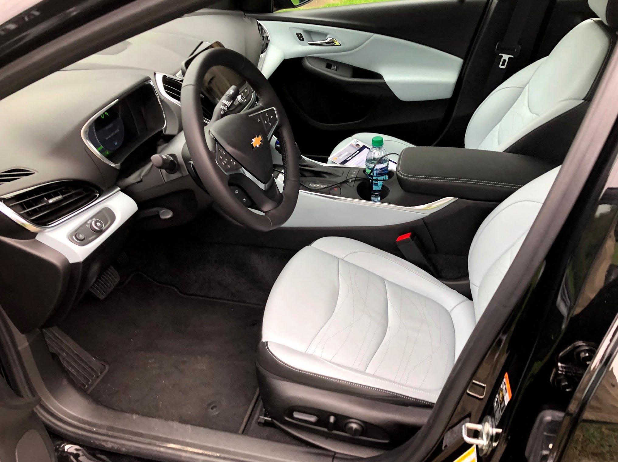 Chevy-Volt-2019-3.jpg